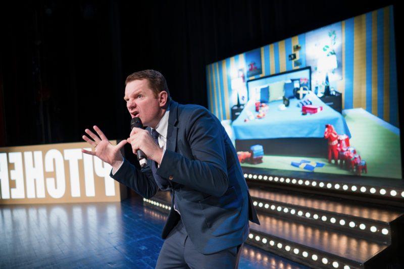 Boka Al Pitcher. Internationellt erkänd & prisad ståuppkomiker som uppträtt över hela världen. Han kommer ursprungligen från Nya Zeeland, men bor numera i Sverige. Al Pitcher är en mästare i improvisation och väver in publiken i sina föreställningar. För bokning och info, ring 08-684 049 24.