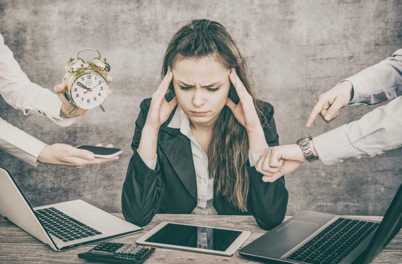Tänk om allt du vet om stress inte är helt sant! TÄNK OM STRESS INTE ÄR FARLIGT! Tänk om du kunde förebygga och hantera din egen stress genom att tänka lite annorlunda om dina egna tankar. MINDStrain är en effektiv metod att förebygga och hantera stress. Ring 08-684 049 24.